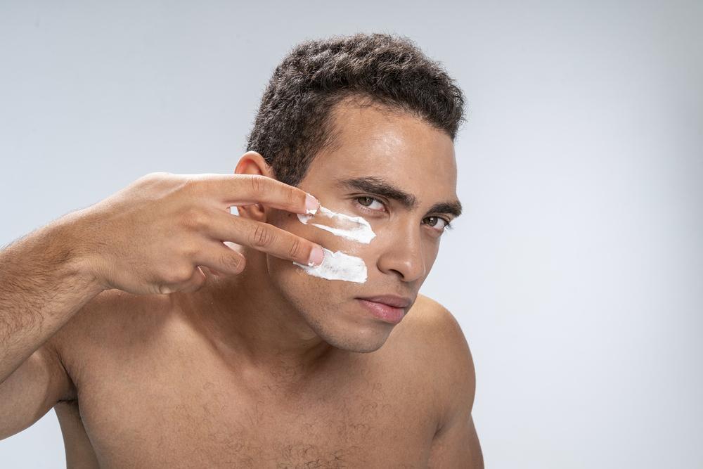 טיפוח עור הפנים לגבר